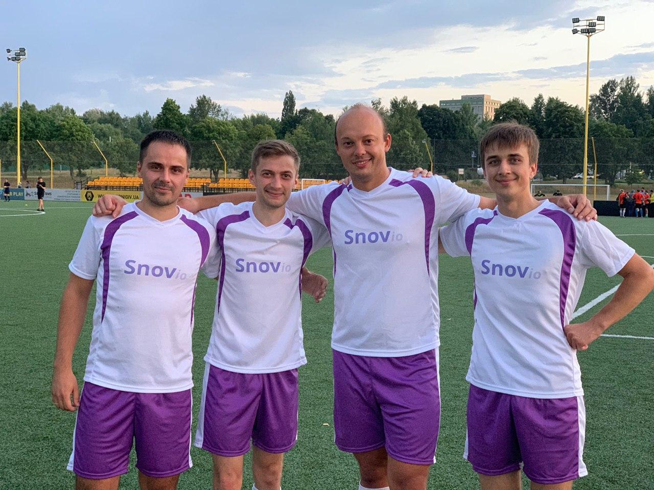 Snovio's football team